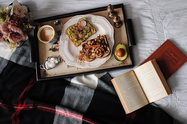 Breakfast Matters: Our dream breakfasts in bed...